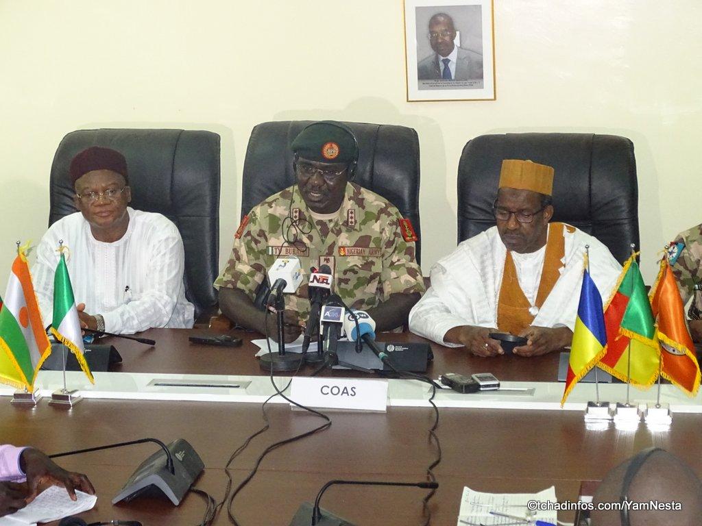 Le chef d'Etat-major de l'armée nigériane en visite au Tchad