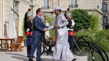 En séjour privé à Paris le Président Deby s'est entretenu avec François Hollande