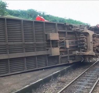 Cameroun : le bilan de l'accident de train survenu vendredi s'alourdit à 63 morts