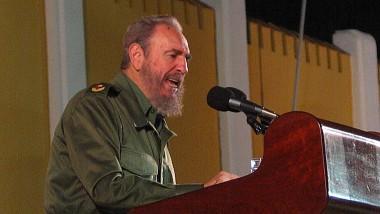 L'Algérie décrète huit jours de deuil après le décès de Fidel Castro