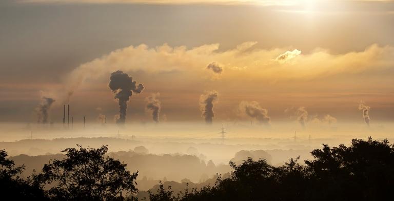 UNICEF : 300 millions d'enfants respirent de l'air toxique