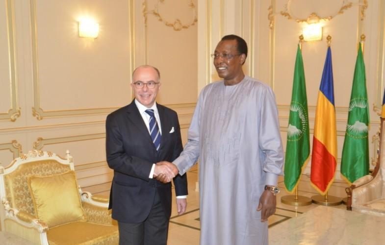 Tchad: Cazeneuve et Déby échangent sur les questions sécuritaires
