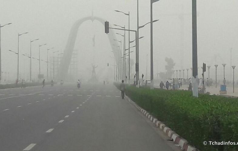 Tchad : N'Djamena sous l'emprise du vent et du brouillard