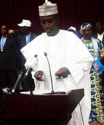 Mahamat Allahou Taher, administrateur civil forgé pour la politique