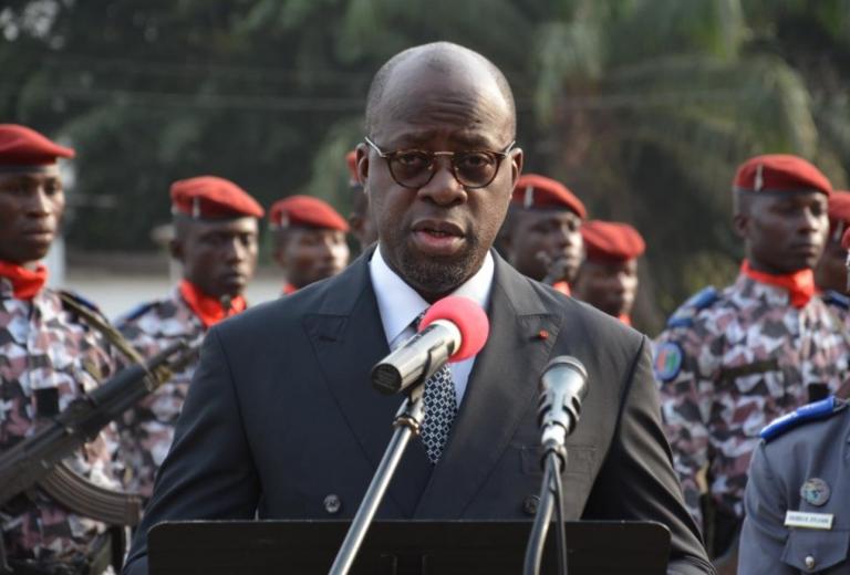 Côte d'Ivoire : libération du ministre de la Défense