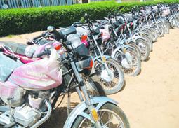 Tchad : N'Djaména, capitale des motocyclettes