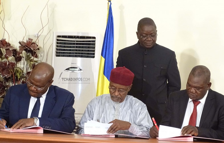 Tchad : gouvernement et syndicat signent un accord