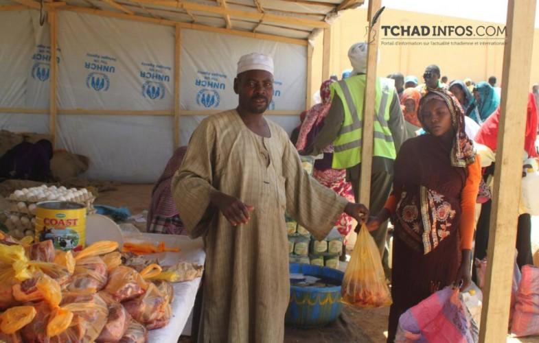 Tchad : les réfugiés du camp d'Ouré Cassoni peuvent désormais acheter les aliments de leurs choix