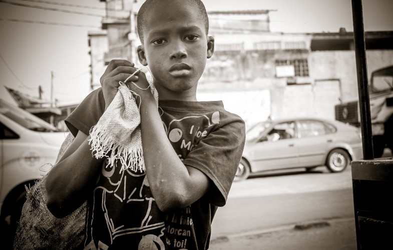 """Afrique : """"Ne laissez  aucun enfant derrière pour le développement"""""""