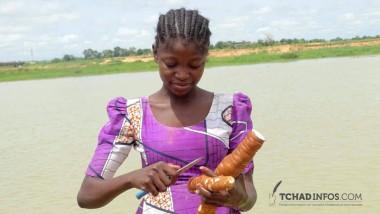 Human of N'Djamena : Solkem Gloria, vendeuse de manioc