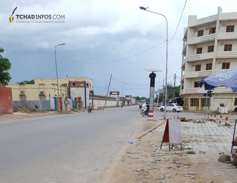 Tchad : la rue passant devant la Présidence est à nouveau ouvert dans les deux sens