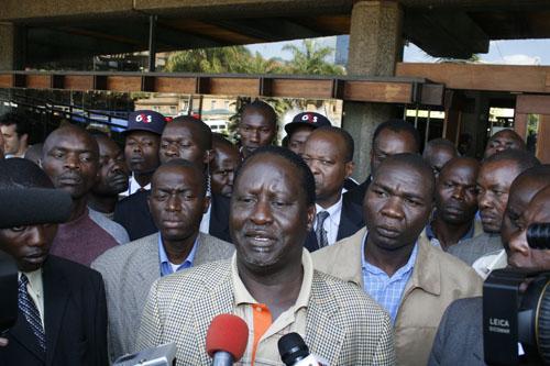 Kenya : le leader de l'opposition Raila Odinga laisse tomber la présidentielle