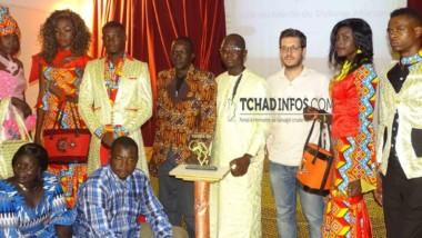 FESMMA 2017: Le styliste tchadien Hissein Adamou Camara remporte le Prix du mérite