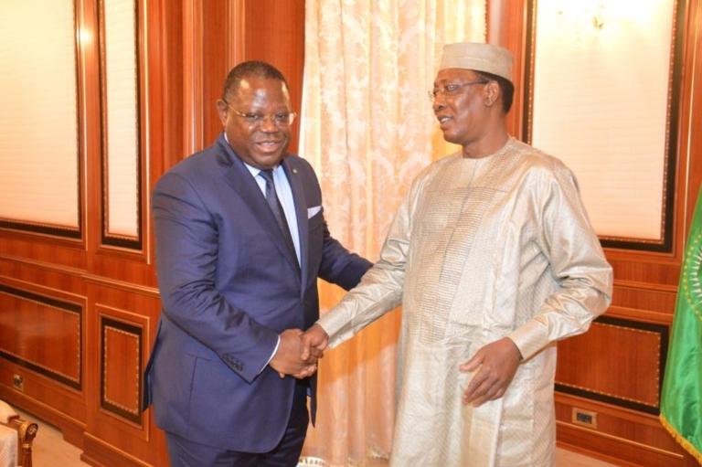 Le Président Idriss Deby Itno reçoit le Premier Ministre gabonais