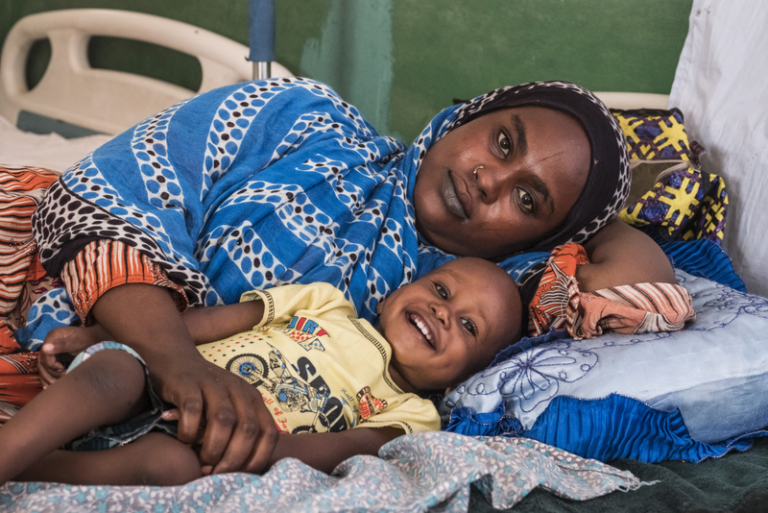 Tchad : L'Unicef offre 133 réfrigérateurs solaires au ministère de la santé publique