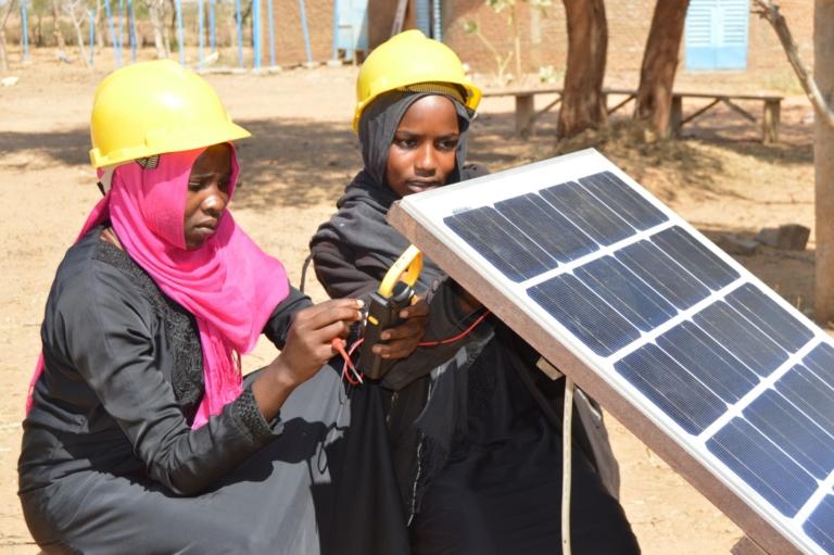 Tchad : Des jeunes réfugiés et tchadiens acquièrent des qualifications professionnelles dans des centres financés par le HCR