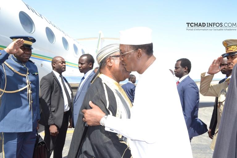 Afrique Centrale : Ali Bongo consulte Idriss Déby sur les problématiques de la sous-région