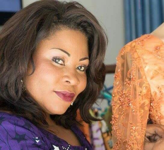 #1 Entreprenariat féminin : Lydie Malingumu, du barreau au stylisme