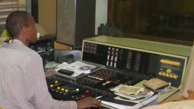 Niger : sauvegarder le patrimoine culturel en numérisant les anciens chants traditionnels