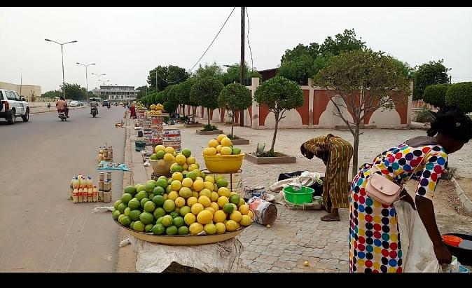 N'Djamena : Le boulevard du 11 août ou La « rue » du citron