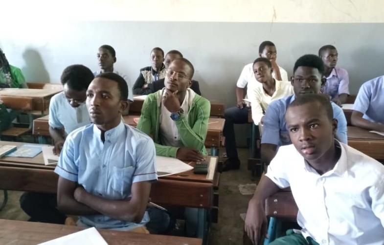 Education: les élèves composent le Brevet d'enseignement fondamental malgré la grève des enseignants