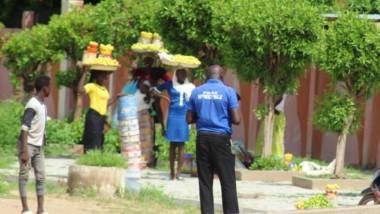 N'Djamena : les vendeuses sur le bord des routes font l'objet de racket