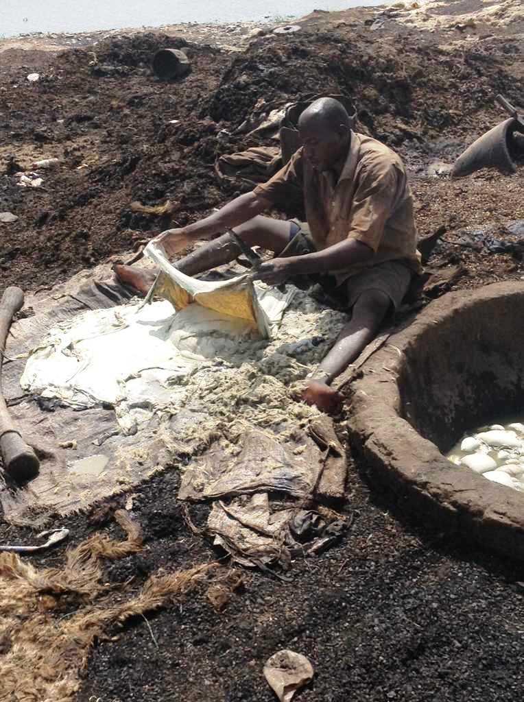 Tchad : des méthodes artisanales dans la fabrication du cuir