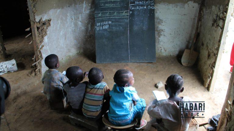 Niveau du système éducatif 2/11 : les écoles sans infrastructures en RDC