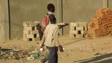 Tchad : à défaut de la reprise, les élèves des écoles publiques deviennent des petits commerçants