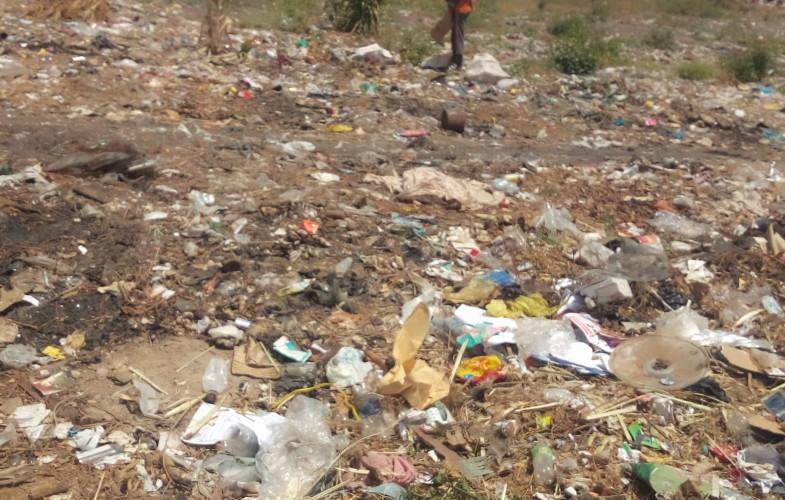 Tchad : la poubelle, moyen de subsistance des mineurs