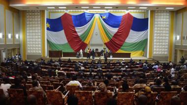 Centrafrique: un député arrêté après avoir tiré dans l'hémicycle