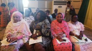 Sommet de la fille africaine : les premières dames se sont penchées sur l'éducation et de la santé maternelle