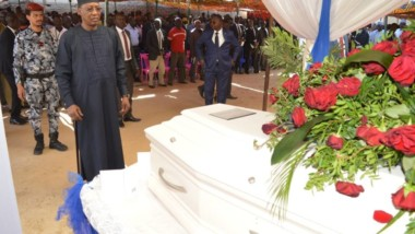 Tchad : Deby rend hommage à Me Bechir Madet