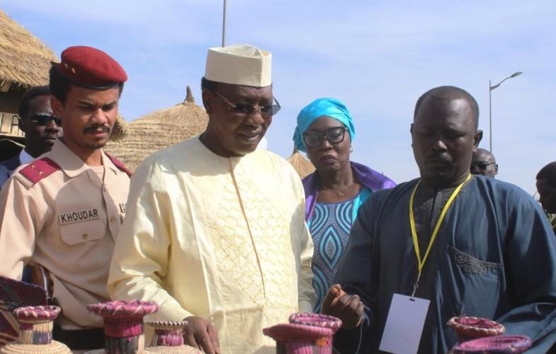 Culture : le président Déby fait le tour des provinces au festival Dary