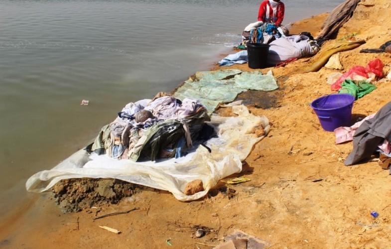 """""""Il faut débourser 200 à 500F pour avoir accès au fleuve Chari"""", loi des corps habillés"""