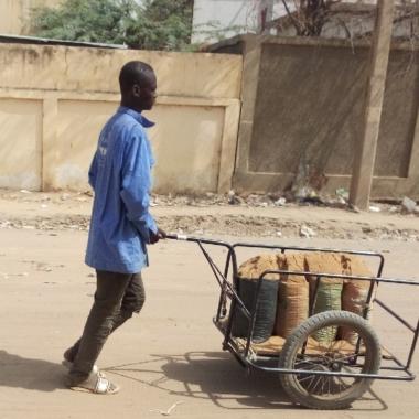 Tchad : la privatisation de la vente de sable provoque la colère des transporteurs