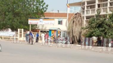 Tchad: le maire de N'Djamena empêche les retardataires d'accéder à leurs bureaux