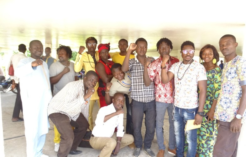 Tchad : les artistes N2A Téguil et Ray's Kim plus  une dizaine de jeunes arrêtés
