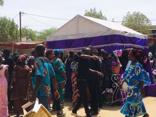 (RECIT) Tchad : vive émotion lors des funérailles de Mbaiguedem Richard