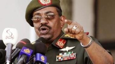 Soudan : l'ex-président El-Béchir comparaît devant un tribunal