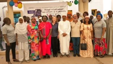 Tchad : les femmes d'Esso & Totco assistent les enfants malades de l'HME