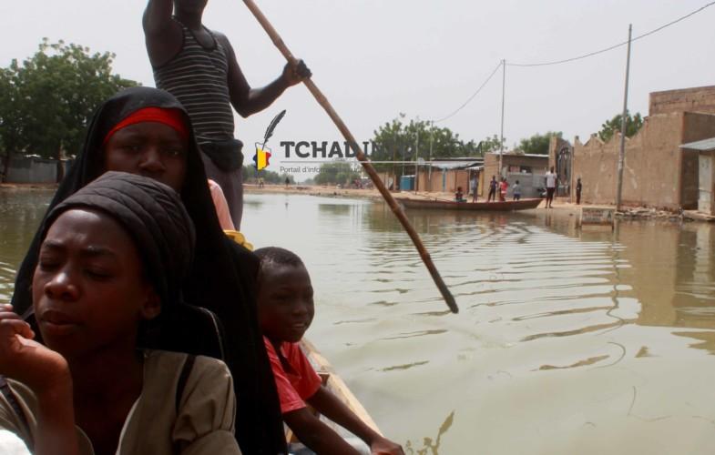 VIDÉO. Abena et Atrone, deux quartiers de N'Djamena coupés par l'inondation