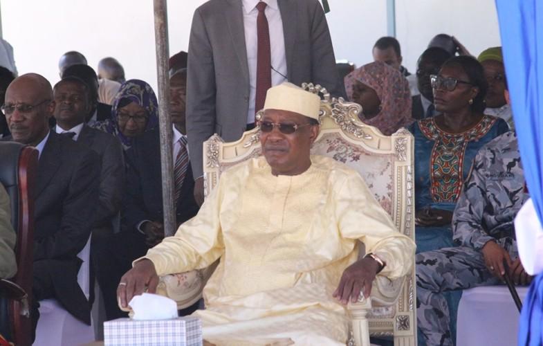 Tchad : le président Déby s'engage à  lever la restriction d'accès aux réseaux sociaux