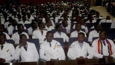 Tchad : plus de 400 jeunes médecins intégrés à la Fonction publique