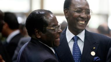 Décès de Robert Mugabé : le président Déby salue la mémoire d'un héros