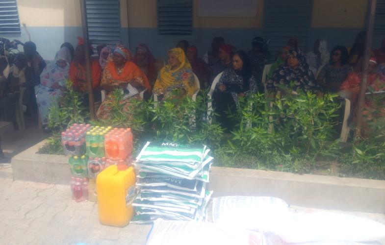 Société : l'association des femmes de la CNPS fait de dons à deux orphelinats à N'Djamena
