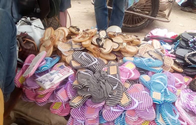 Société : des chaussures dites promotionnelles font le bonheur des N'Djamenois