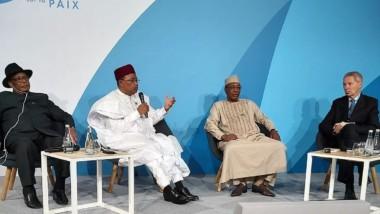 Forum de Paris sur la paix : le trio Déby, Issoufou et IBK évalue la situation sécuritaire au Sahel