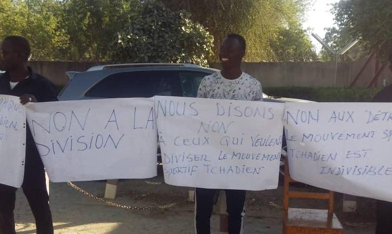 Tchad : guéguerre fratricide au COST