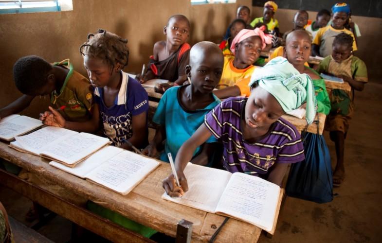 Le Niger, le Burkina, le Mali et le Tchad font partie des pays où les enfants ont moins de chance d'être scolarisés selon l'Unesco